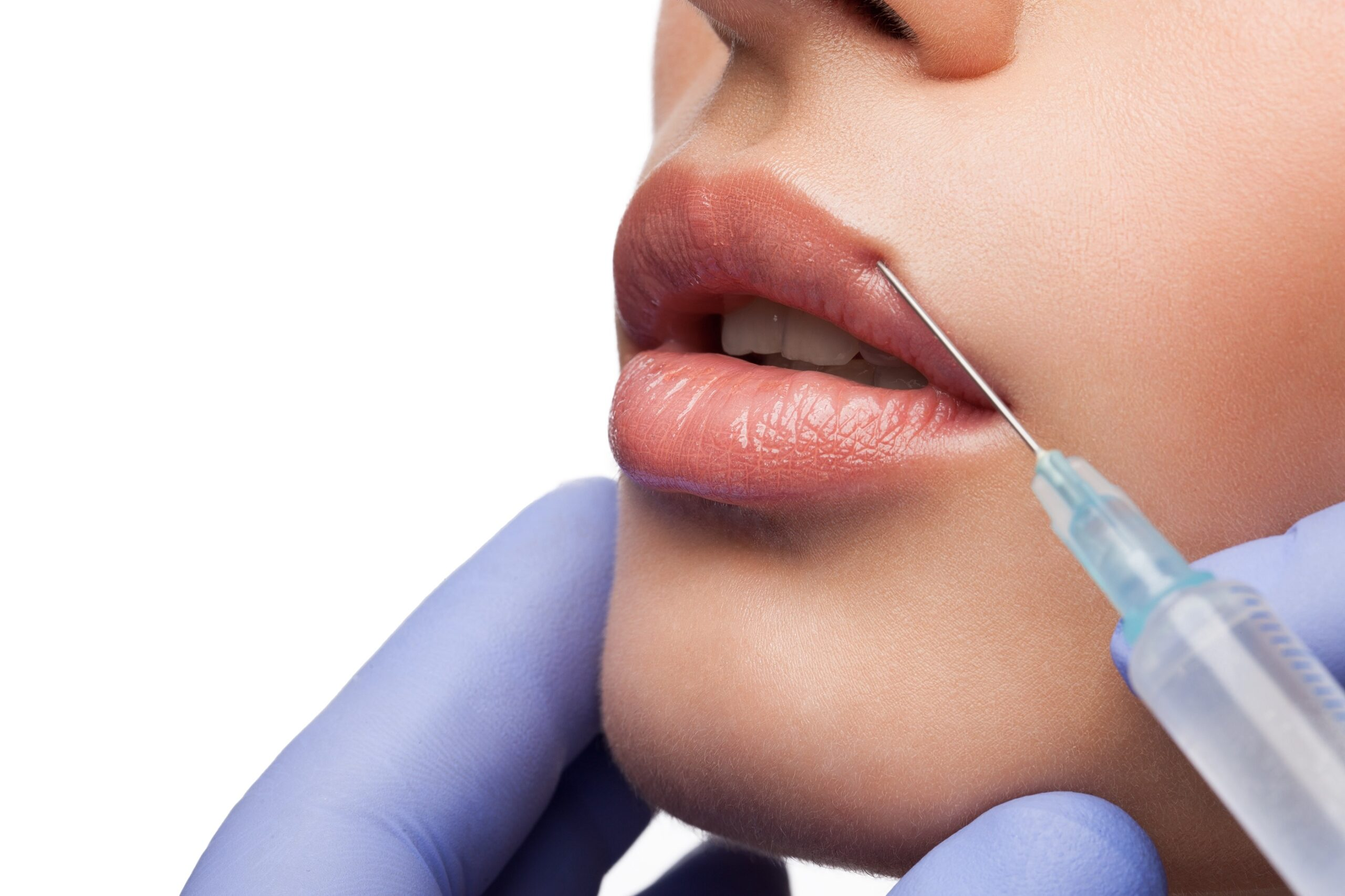Cosmetic botox injection to the woman face